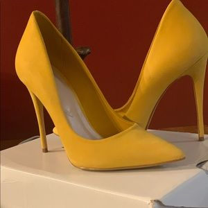 Mustard stilettos from aldo